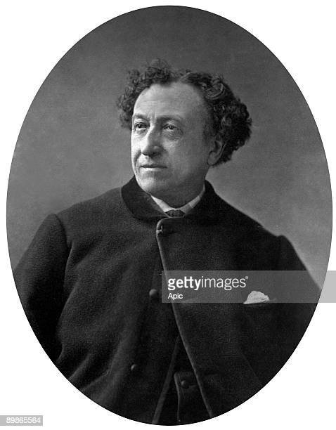 Christian Perrin says Christian actor and singer operette french photo published in 'Paristheater' from 9 to 15 November 1876 Pierre Petit cliche