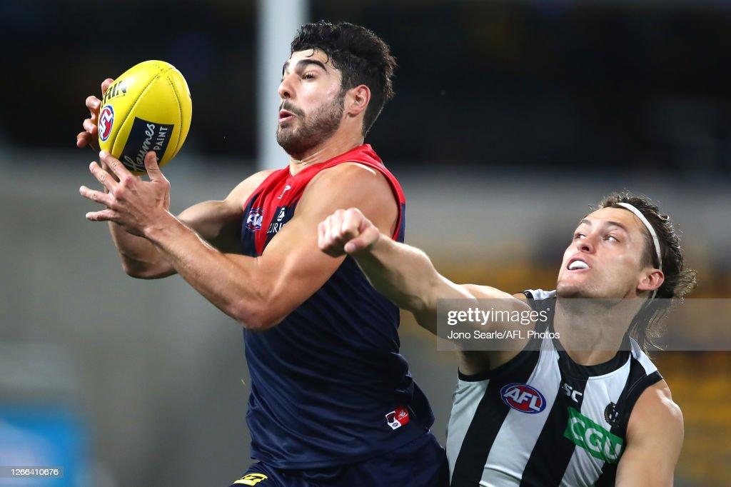 AFL Rd 12 - Melbourne v Collingwood : News Photo