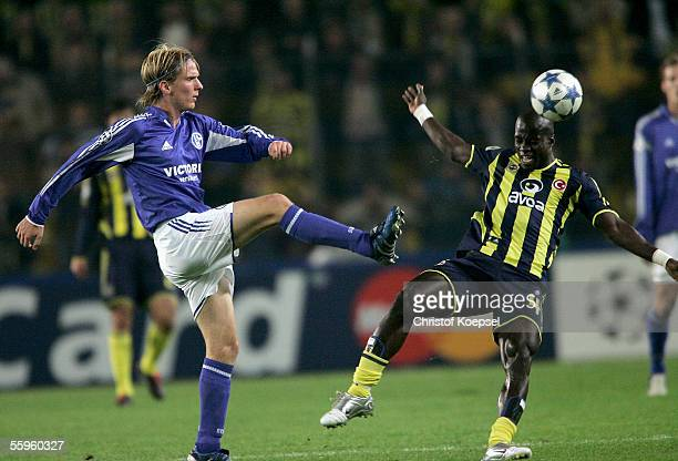 Christian Poulsen of Schalke shoots the ball during the Champions League Group E match between Fenerbahce and Schalke 04 at the Sukru Saracoglu...