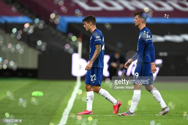 Christian Pulisic and Mason Mount of Chelsea leave the pitch following the Premier League match between West Ham United and Chelsea FC at London...