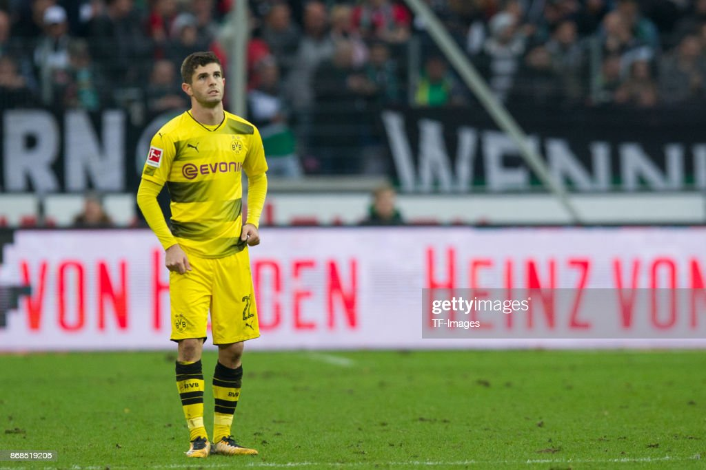 Hannover 96 v Borussia Dortmund - German Bundesliga : News Photo