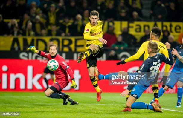 Christian Pulisic of Borussia Dortmund scores the winning goal to the 21 during the Bundesliga match between Borussia Dortmund and SG 1899 Hoffenheim...