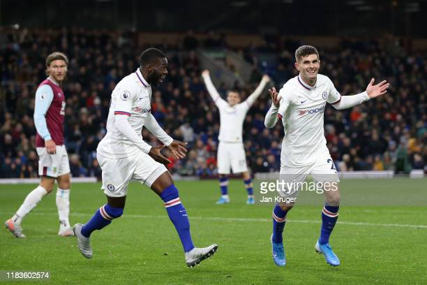 Christian Pulisic of Chelsea celebrates after scoring his team's third goal during the Premier League match between Burnley FC and Chelsea FC at Turf...