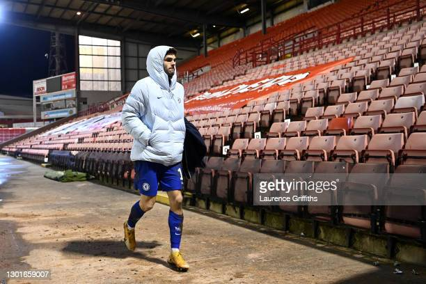Christian Pulisic of Chelsea makes his way back to the dressing room after the match during The Emirates FA Cup Fifth Round match between Barnsley...