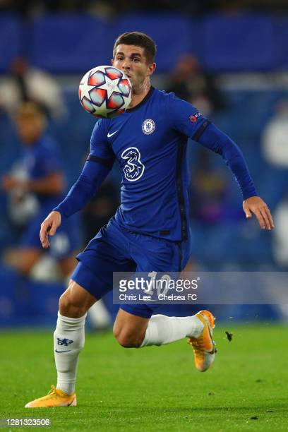 Christian Pulisic of Chelsea runs with the ball during the UEFA Champions League Group E stage match between Chelsea FC and FC Sevilla at Stamford...