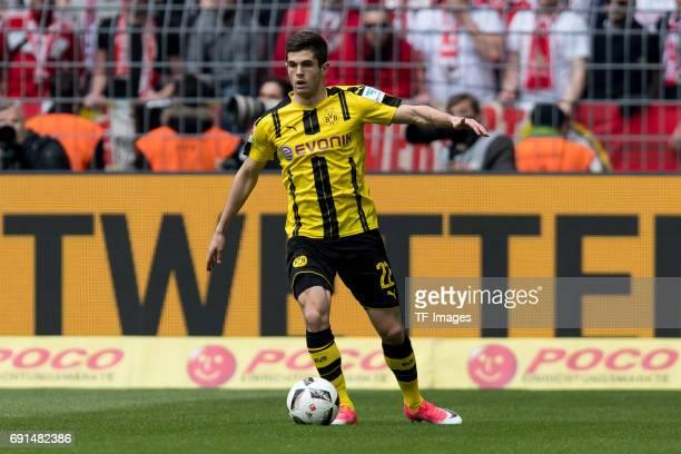 Christian Pulisic of Dortmund controls the ball during the Bundesliga match between Borussia Dortmund and FC Koeln at Signal Iduna Park on April 29...
