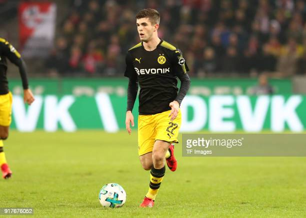 Christian Pulisic of Dortmund controls the ball during the Bundesliga match between 1 FC Koeln and Borussia Dortmund at RheinEnergieStadion on...