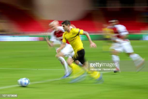 Christian Pulisic of Dortmund runs with the ball during the UEFA Champions League Group A match between AS Monaco and Borussia Dortmund at Stade...