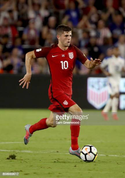 Christian Pulisic of the United States controls the ball during the final round qualifying match against Panama for the 2018 FIFA World Cup at...