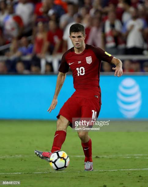Christian Pulisic of the United States looks to make a pass during the final round qualifying match against Panama for the 2018 FIFA World Cup at...