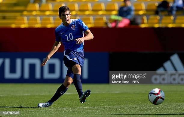 Christian Pulisic of USA runs with the ball during the FIFA U17 Men's World Cup 2015 group A match between USA and Croatia at Estadio Sausalito on...