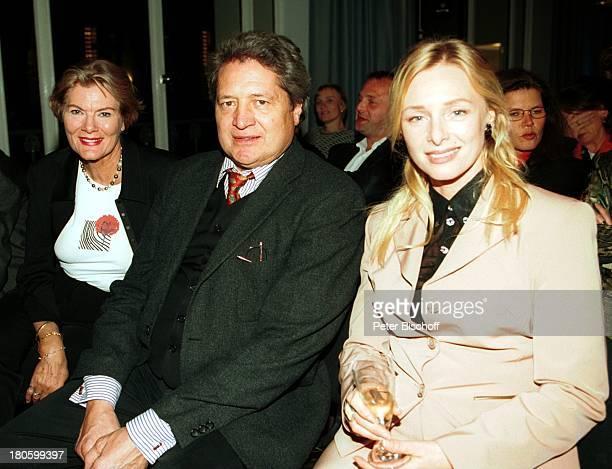 """Christian Quadflieg , Ehefrau Renate Reger , Marita Marschall , Hamburg, Verleihung vom """"Günter Strack-Fernsehpreis 2001"""" und """"Studio Hamburg..."""