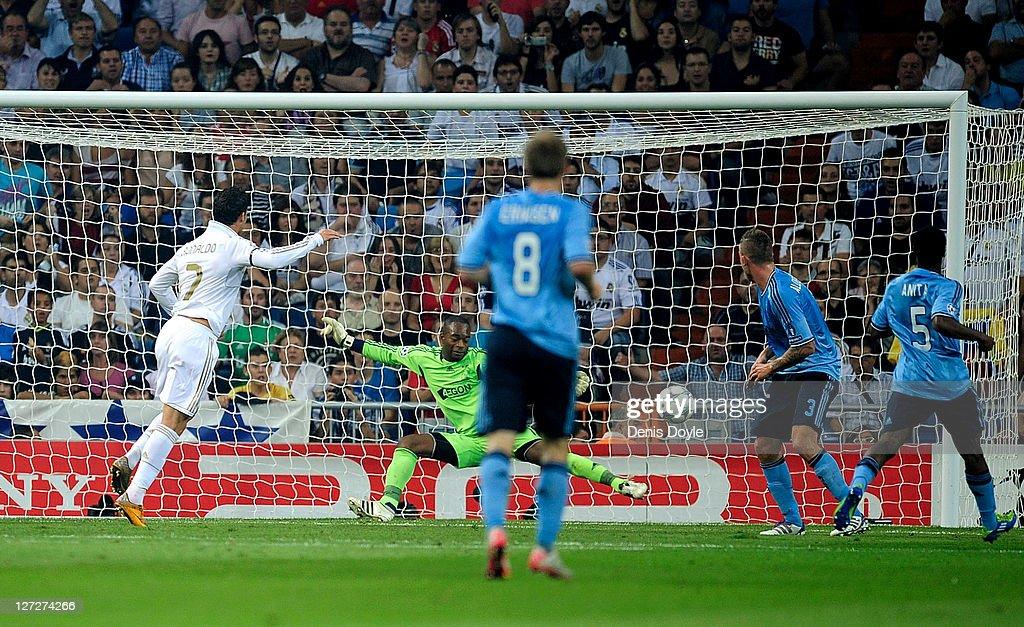Real Madrid CF v AFC Ajax - UEFA Champions League : News Photo