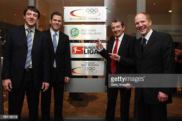 Christian Sachs head of the new berlin office, Team manager Oliver Bierhoff, general secretary of the German Football Association Wolfgang Niersbach,...