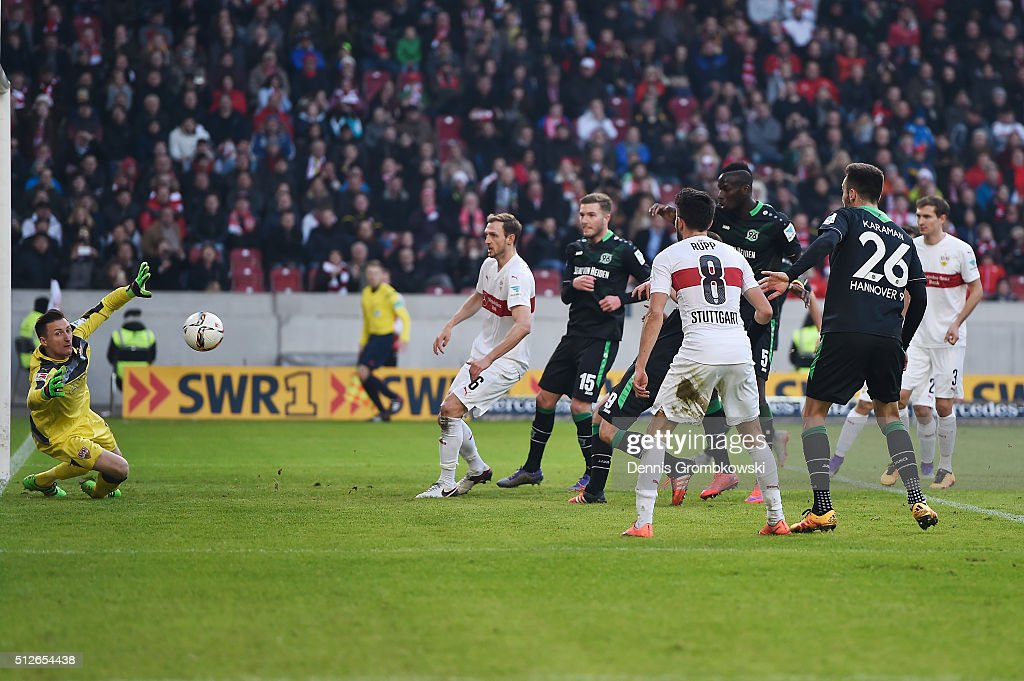 Christian Schulz of Hannover 96 scores their second goal during the Bundesliga match between VfB Stuttgart and Hannover 96 at Mercedes-Benz Arena on February 27, 2016 in Stuttgart, Germany.
