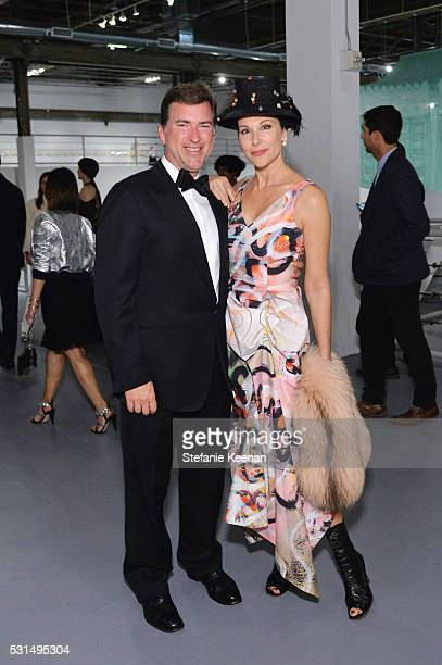 Christian Stracke and Sally Perrin attend the MOCA Gala 2016 at The Geffen Contemporary at MOCA on May 14, 2016 in Los Angeles, California.