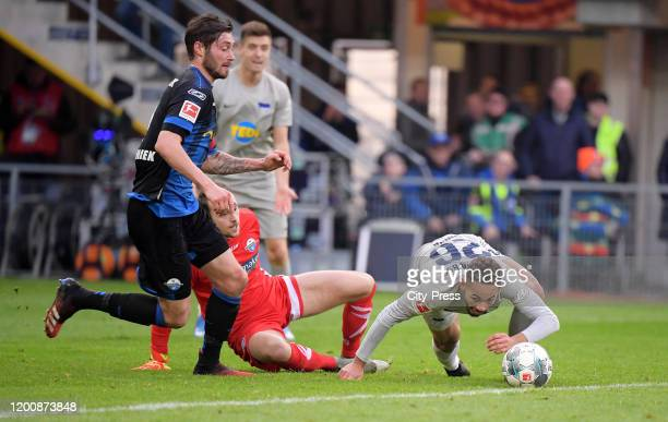 Christian Strohdiek Leopold Zingerle of SC Paderborn and Matheus Cunha of Hertha BSC during the game between the SC Paderborn 07 against Hertha BSC...