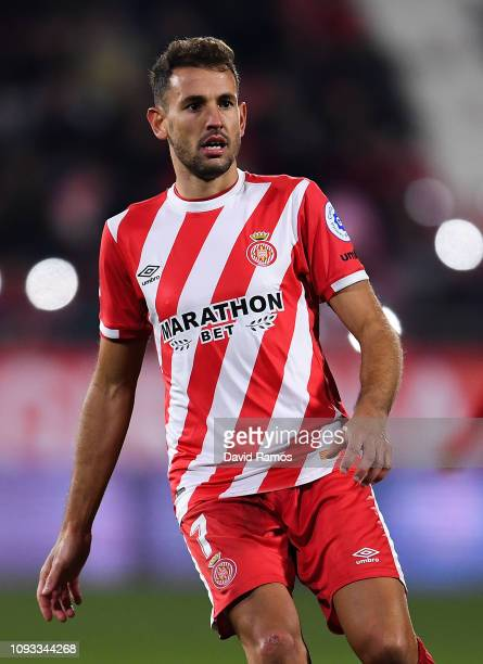 Christian Stuani of Girona FC looks on during the La Liga match between Girona FC and Deportivo Alaves at Montilivi Stadium on January 12 2019 in...