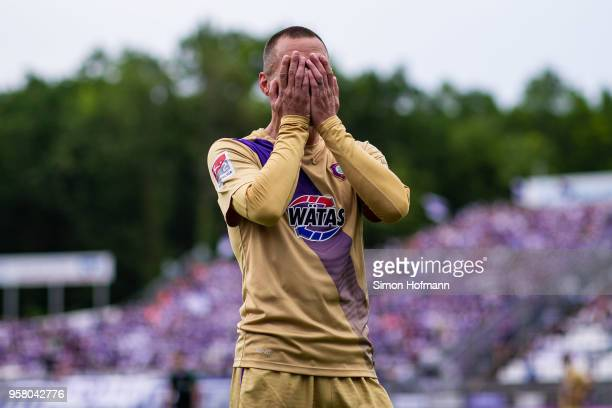 Christian Tiffert of Aue reacts during the Second Bundesliga match between SV Darmstadt 98 and FC Erzgebirge Aue at Jonathan-Heimes-Stadion am...