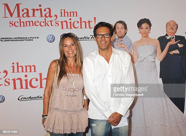 Christian Tramitz and his wife Anette attend the world premiere of Maria Ihm Schmeckt's Nicht on July 27 2009 in Munich Germany