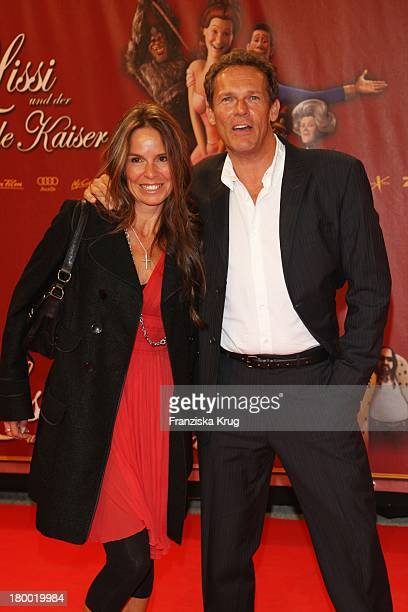 Christian Tramitz Und Ehefrau Anette Bei Der Premiere Von Lissi Und Der Wilde Kaiser In Der Residenz In München