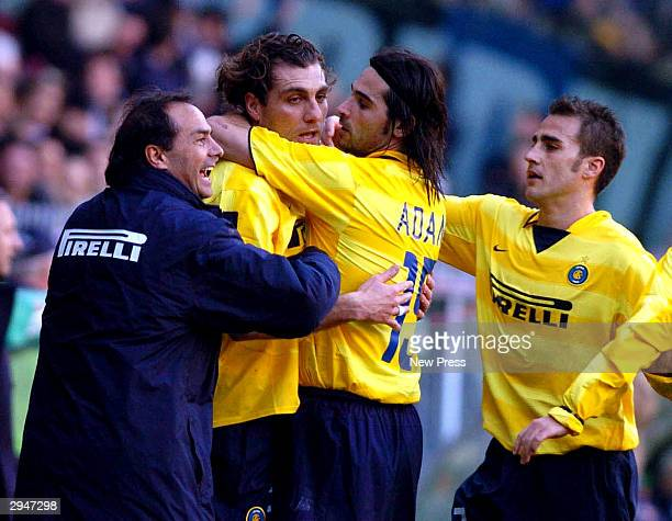 Christian Vieri of Inter is congratualed by team mates after scoring during the Serie A match between Sampdoria and Inter at the Luigi Ferraris...