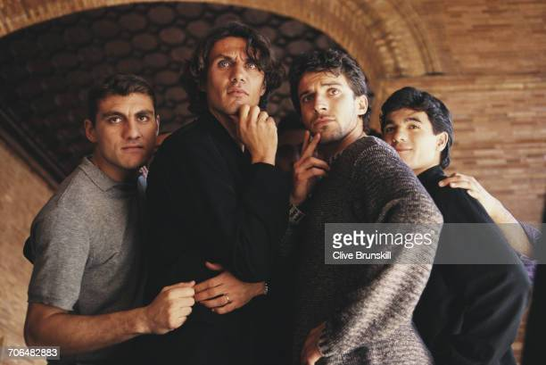 Christian VieriPaolo Maldini Allessandro del Piero and Ariel Ortega pose for a portrait for soft drinks manufacturer PepsiCola on 23 December 1999 in...