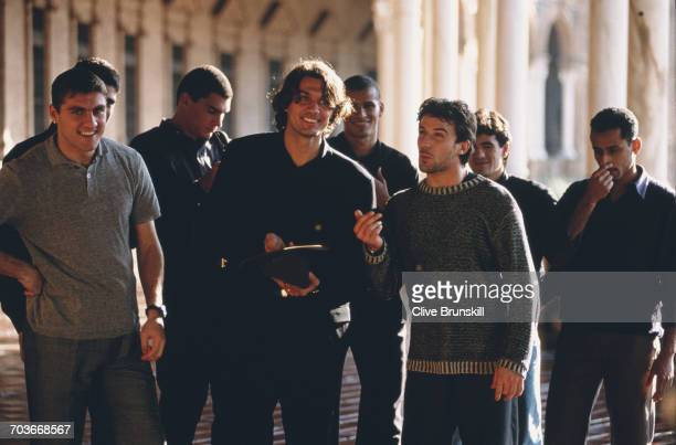 Christian VieriPaolo Maldini and Allessandro del Piero of Italy pose for a portrait for soft drinks manufacturer PepsiCola on 23 December 1999 in...