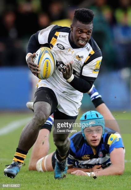 Christian Wade of Wasps breaks clear of Zach Mercer during the Aviva Premiership match between Bath and Wasps at the Recreation Ground on March 4...