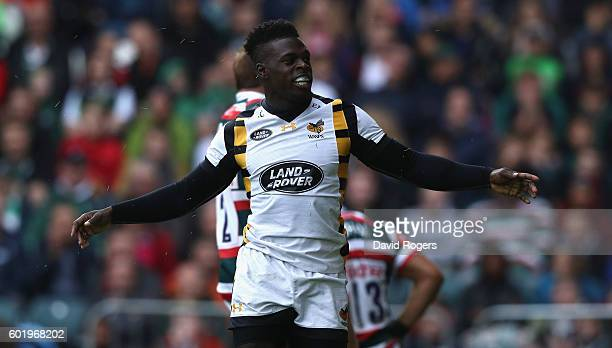 Christian Wade of Wasps celebrates after scoring the first try of the match during the Aviva Premiership match between Leicester Tigers and Wasps at...
