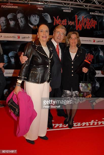 Christian Wolff Ehefrau Marina Gräfin Christa von Hardenberg FilmPremiere KinoFilm Neues vom Wixxer und GeburtstagsEmpfang J o a c h i m F u c h s b...