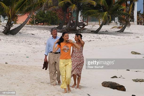 Christian Wolff Henriette RichterRöhl Angela Roy ZDFFilm Eine Mutter zum Geburtstag Tankah/Tulum/Cancun/Mexico/Mittelamerika Schauspieler...