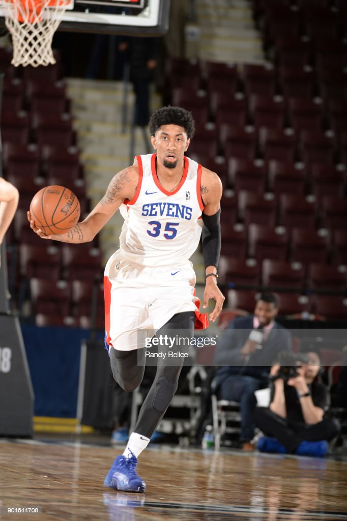Christian Wood #35 of the Delaware 87ers dribbles the ball during NBA G League Showcase Game 26 between the Reno Bighorns and the Delaware 87ers on January 13, 2018 at the Hershey Centre in Mississauga, Ontario Canada.