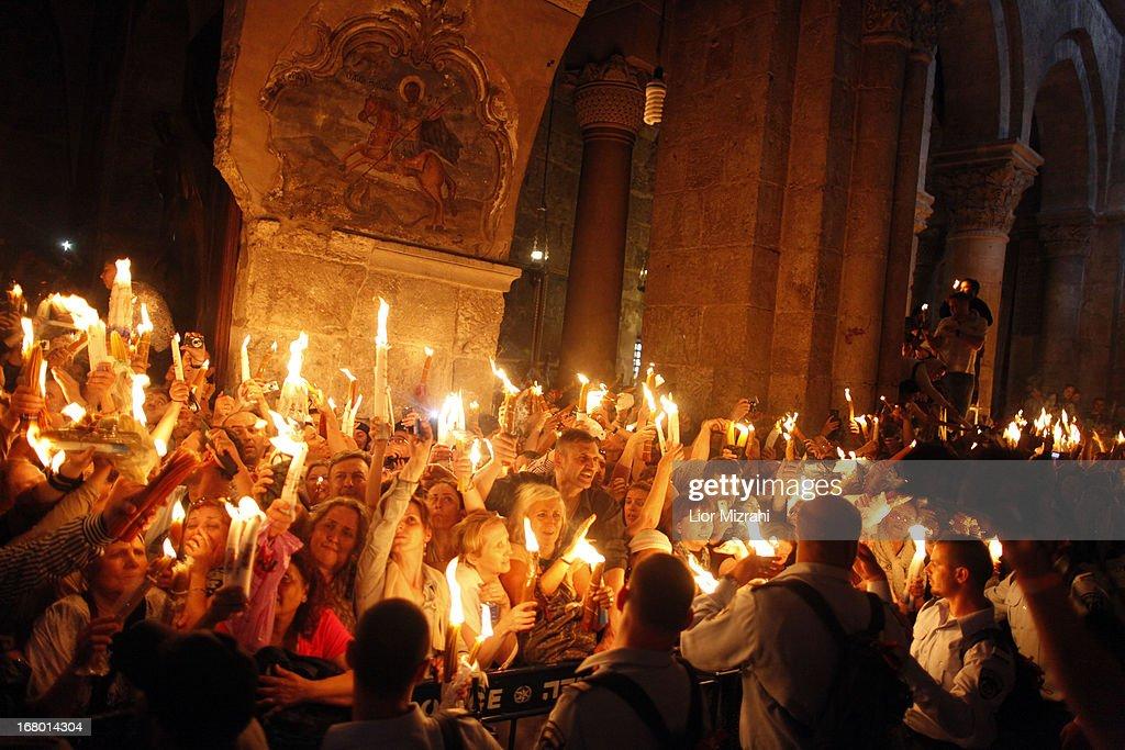 Orthodox Christians Celebrate Holy Saturday in Jerusalem : News Photo