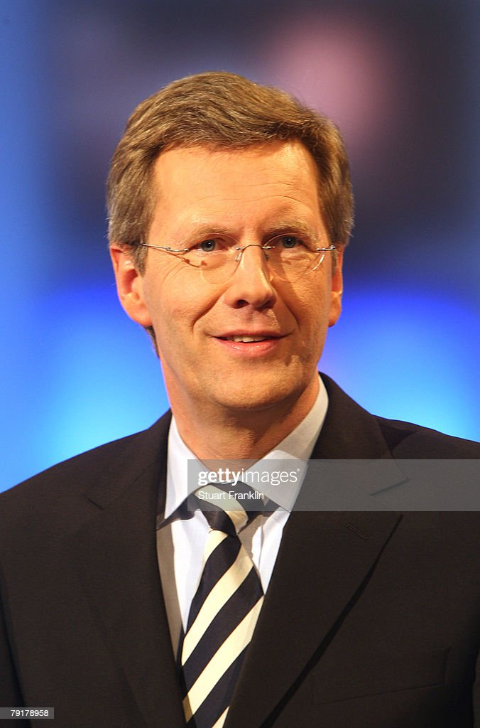 Christian Wulff, top candidate of the Christian Democratic Union (CDU) and Governor of Lower Saxony attends a television debate with his challenger Wolfgang Juettner (L), candidate of the Social Democratic Party (SPD) at the NDR television studios on January 23, 2008 in Hanover, Germany. Lower Saxony faces state elections on January 27, 2008.