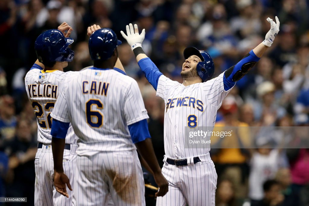 Los Angeles Dodgers v Milwaukee Brewers : News Photo