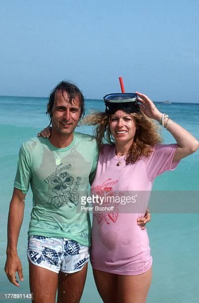Christiane Krüger Ehemann Manfred Bockelmann Barbados Inselstaat Karibik nass nasses TShirt sexy Meer Ozean Wasser Schnorchel Taucherbrille Urlaub...