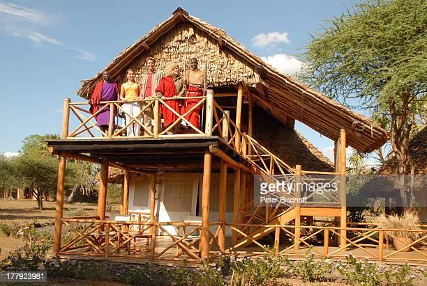 Christiane Krüger Sohn Tim KrügerBockelmann Verlobte Nina Lange Massai VerlobungsR e i s e Terrasse der 'KiboSuite' 'Severin Safari Camp' 'Tsavo West...
