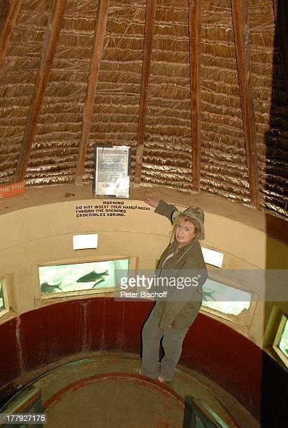 Christiane Krüger VerlobungsR e i s e von S o h n T i m KrügerB o c k e l m a n n mit Freundin N i n a L a n g e r SafariAusflug vom S e v e r i n S...