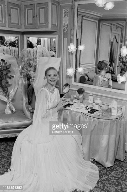 Christiane Minazzoli dans sa loge après la 1ère de la pièce 'L'autre valse' au Théâtre des Variétés à Paris le 8 octobre 1975 France