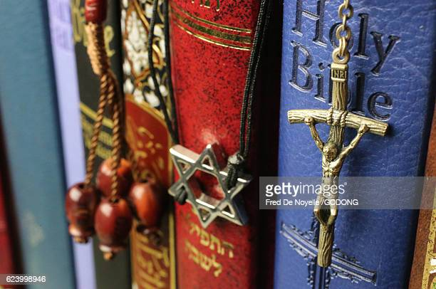 Christianity, Islam and Judaism : 3 monotheistic religions