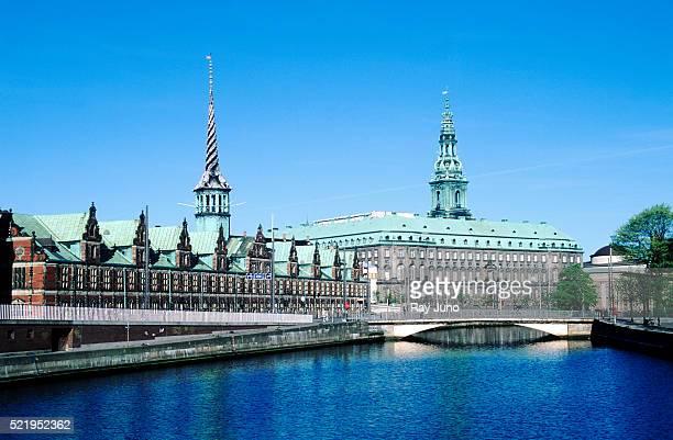 christiansborg palace - copenhagen - クリスチャンスボー城 ストックフォトと画像