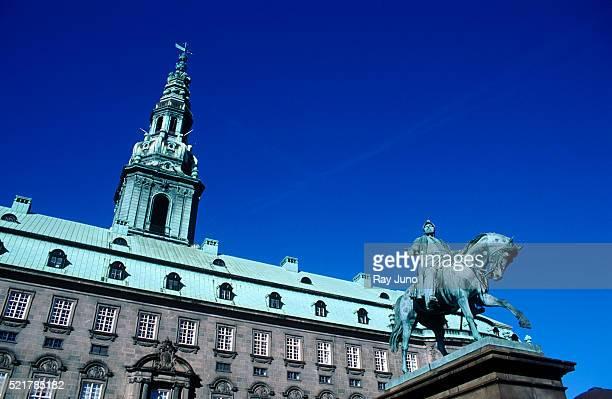 christiansborg palace - クリスチャンスボー城 ストックフォトと画像