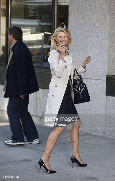 Christie Brinkley Commercial >> 43 Christie Brinkley Sighting On The Set Of Her New Covergirl