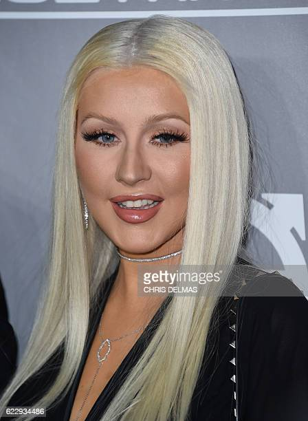 Christina Aguilera attends the fifth annual Baby2Baby gala honoring Jennifer Garner at 3Labs in Culver City on November 12 2016 / AFP / CHRIS DELMAS