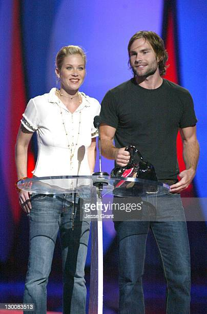Christina Applegate and Seann William Scott during The 2004 Teen Choice Awards Show at Universal Amphitheatre in Universal City California United...