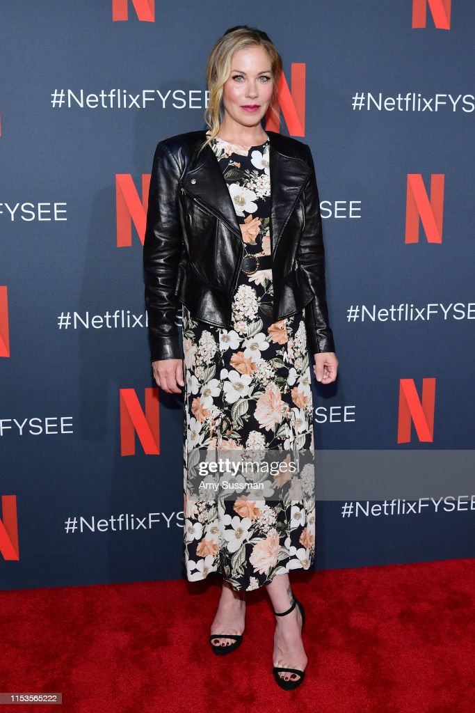 """""""Dead To Me"""" #NETFLIXFYSEE For Your Consideration Event : News Photo"""