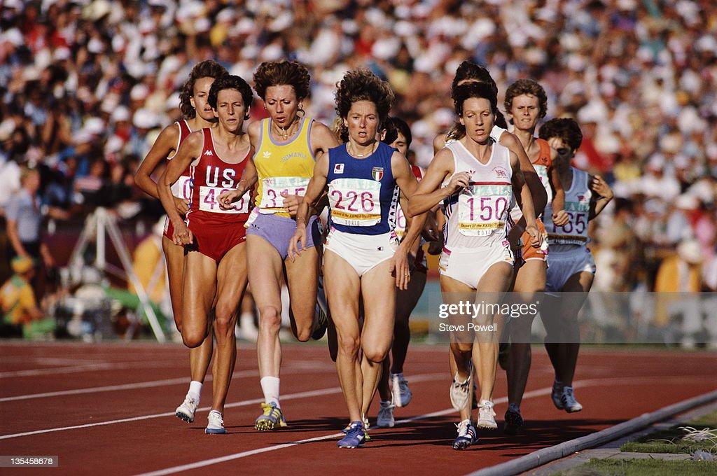 Christina Boxer of Great Britain, Gabriella Dorio of Italy and Doina...  Foto di attualità - Getty Images