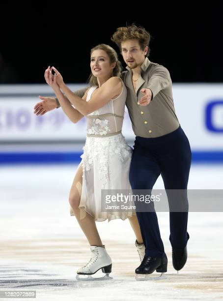 Christina Carreira and Anthony Ponomarenko of the USA compete in the Ice Dance Free Skating program during the ISU Grand Prix of Figure Skating at...