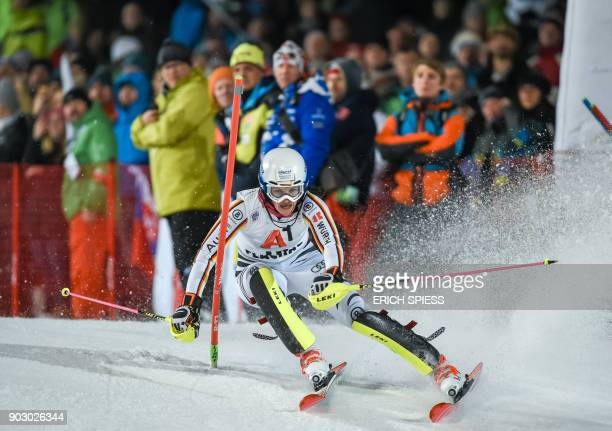 Christina Geiger of Germany competes during first run of the FIS World Cup Ladies night Slalom race in FlachauAustria on January 9 2018 / AFP PHOTO /...